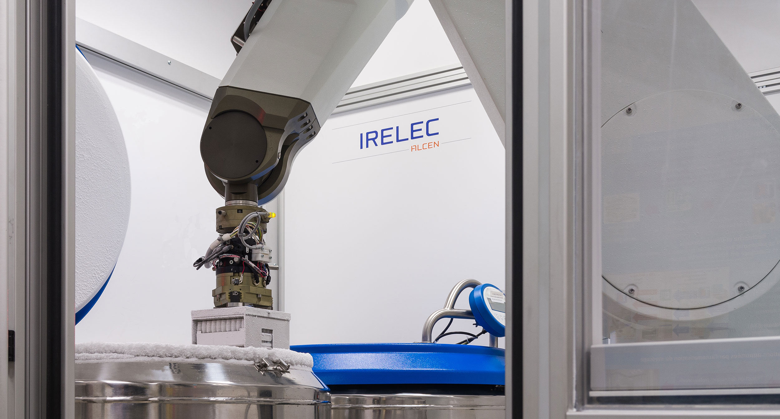 Robotic system for cryogenic biorepositories